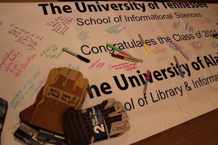 Signed banner of support from UT-SIS to UA-SLIS